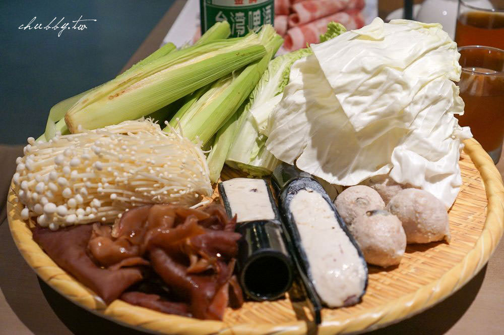 三重麻辣火鍋推薦│菜寮站│麻妃MAFEI頂級麻辣火鍋。份量足、海鮮怎麼可以這麼新鮮啦!