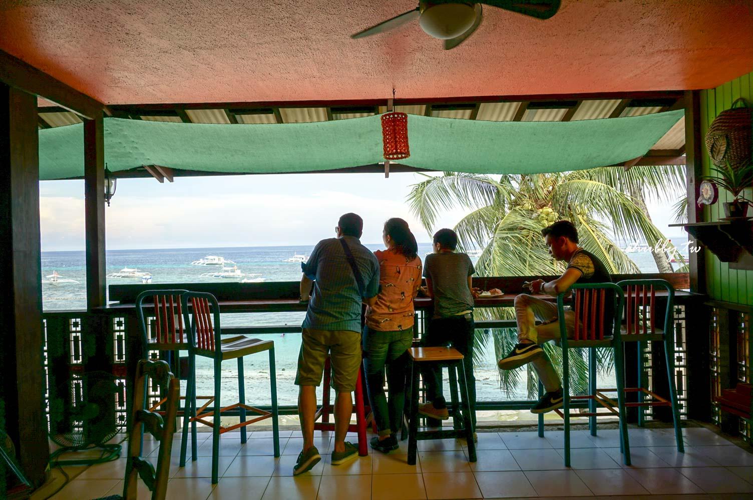 薄荷島美食海景餐廳│蜜蜂農場The Buzzz Cafe│Alona Beach旁就可以吃到蜜蜂農場了!