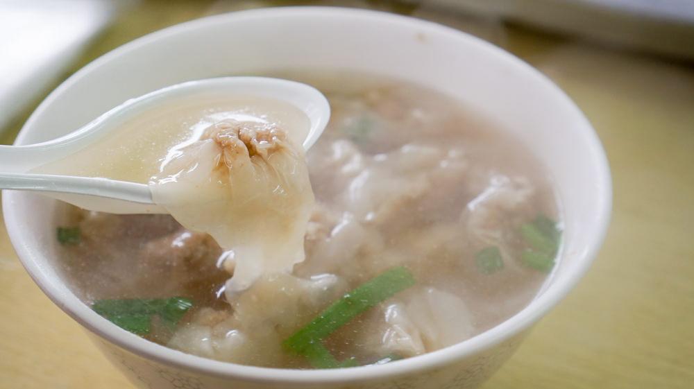 馬祖早餐推薦│小巧晶透的金魚餛飩:佳佳早餐店,近北竿機場