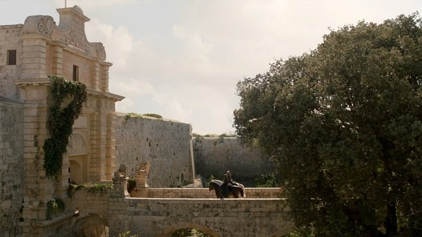 圓夢之旅!冰與火之歌的君臨城在這裡:馬爾他的Midna姆迪納古城