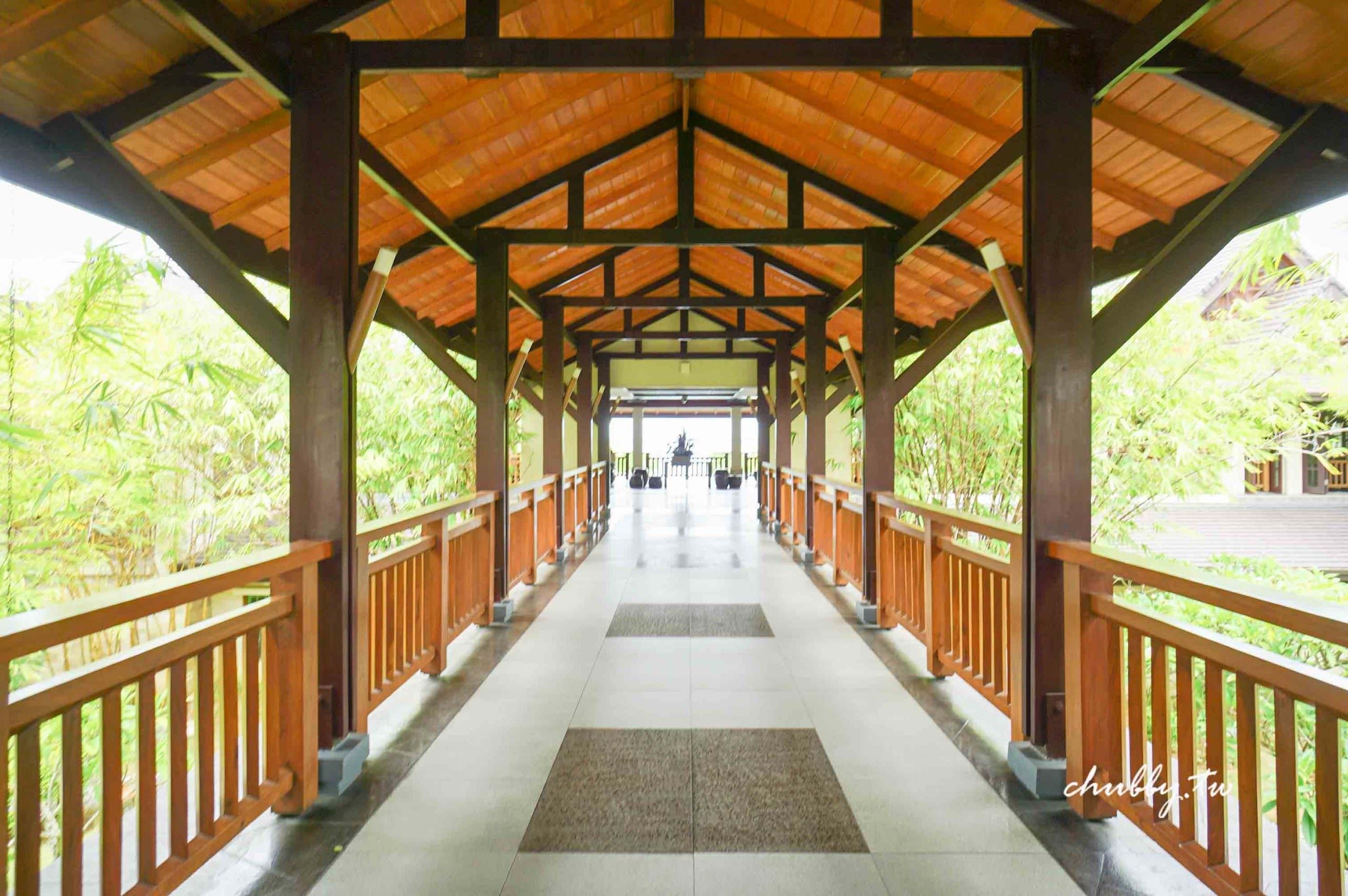 宿霧度假村推薦:Crimson Resort克里姆斯Spa度假村,極美無邊際階梯式泳池!