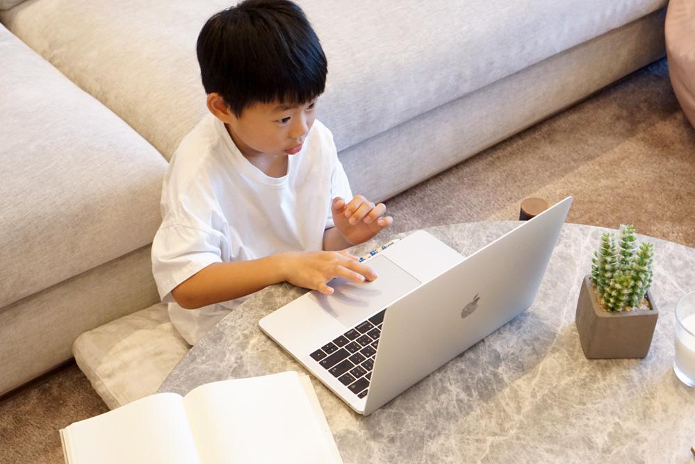 兒童英文線上平台分析:我為什麼選擇OiKID兒童線上英文課程?遊學後的孩子最好的英文銜接方式!