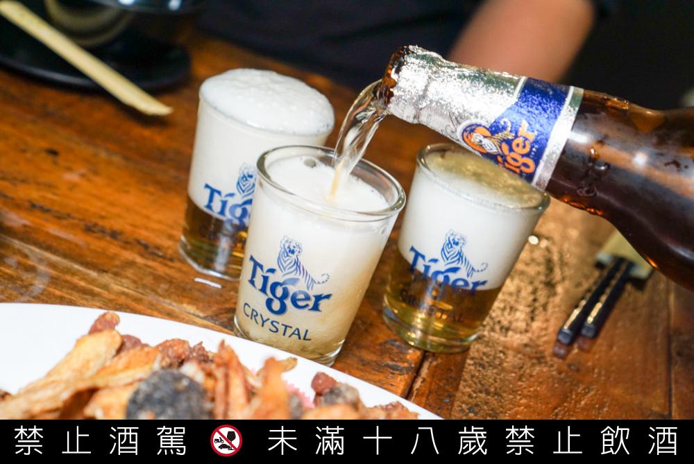 虎牌冰釀啤酒,吃熱炒就是要配虎牌啤酒!台南限定開瓶有獎尋找金老虎,現開現省
