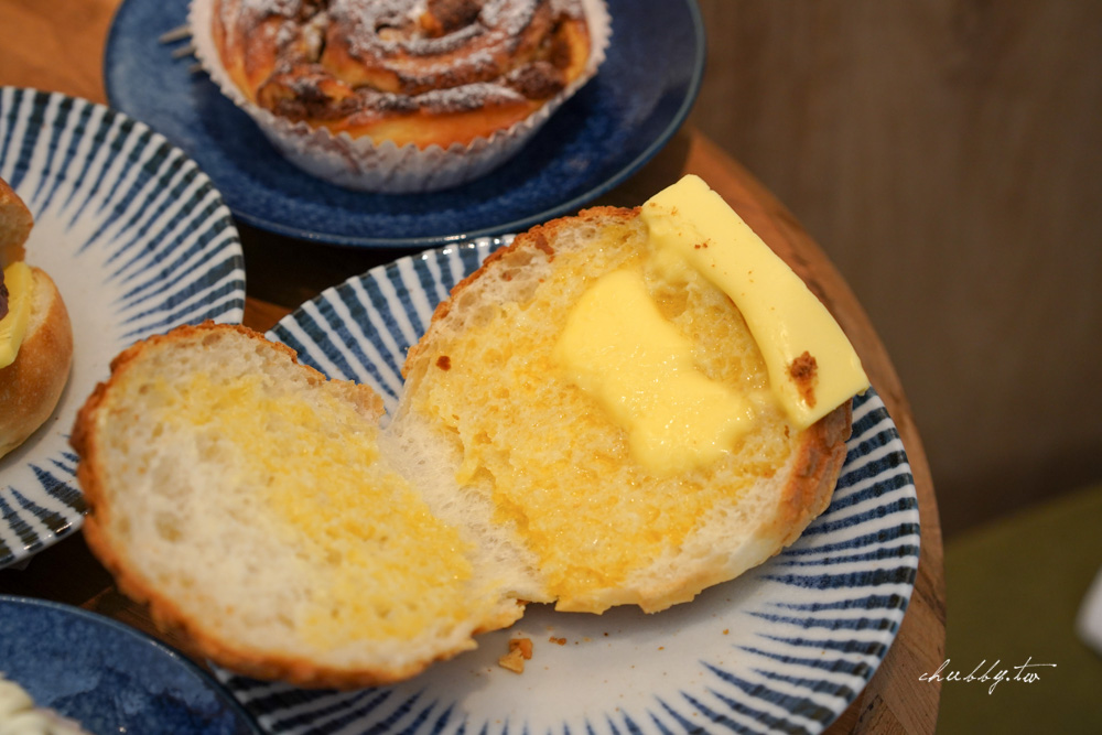 麵包日Bread Day|每日限量秒殺的奶油紅豆乳酪麵包,大安區新開幕的隱藏版麵包店!