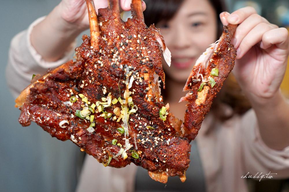 鬼匠拉麵板橋莊敬店│超大鬼爪、滿滿滑嫩雪花牛,想吃便宜又肉多多的豚骨系拉麵來這裡!