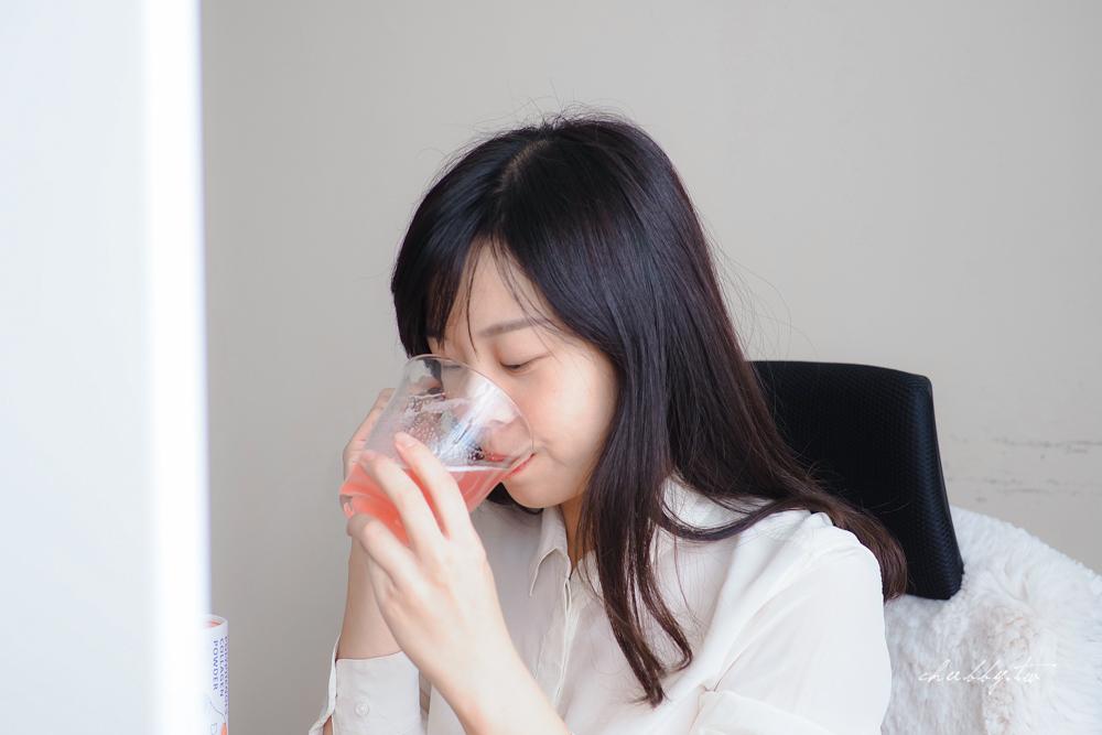 露奇亞膠原蛋白:一試不回頭的膠原蛋白推薦!胜肽級膠原蛋白、無腥味,添加玫瑰多酚、蜂王乳,一邊水潤一邊變美!