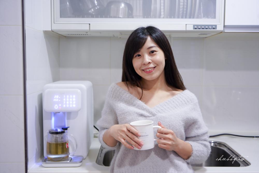 CLAR瞬時調溫淨水器真的好用嗎?CLAR瞬時調溫淨水器開箱,冰熱溫水一機搞定,自訂出水量及溫度的人性化淨水器,四道濾芯完整守護飲水安全!