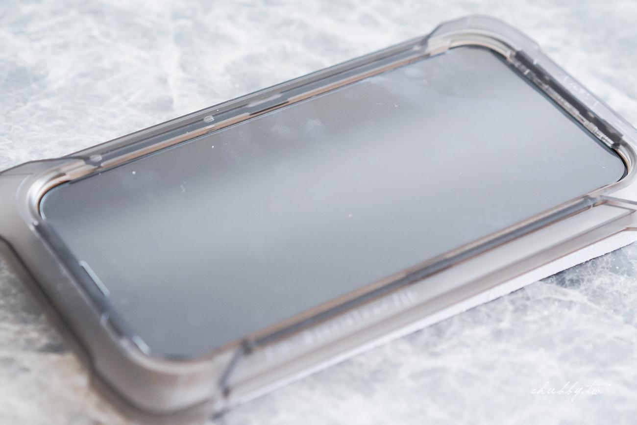 手機保護貼推薦:鼎威『RockShield 石倍盾』超硬保護貼心得,原來保護貼真的是一分錢一分貨,送貼膜神器組,在家就可以輕鬆完成的超硬保護貼