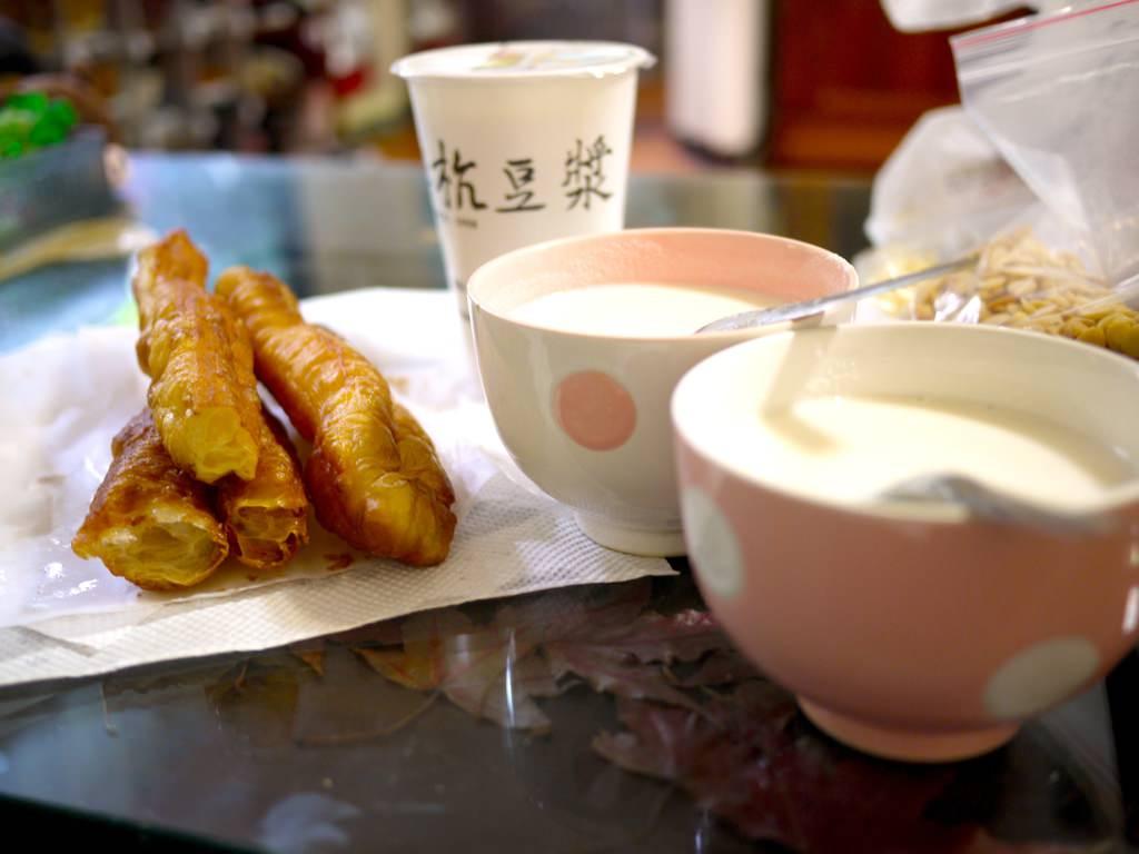 週末的早餐時光-自製溫潤暖心杏仁茶